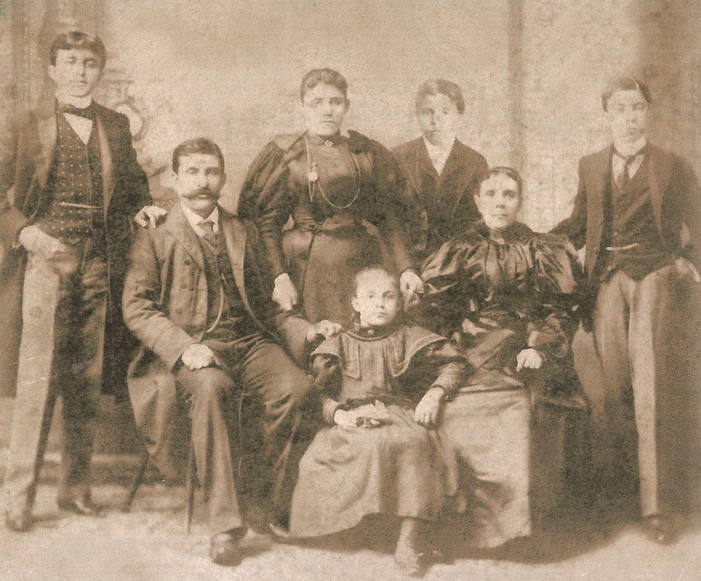 The Rihani Family in New York,  1898. Courtesy of Ameen Rihani Museum,  Freike, Lebanon.